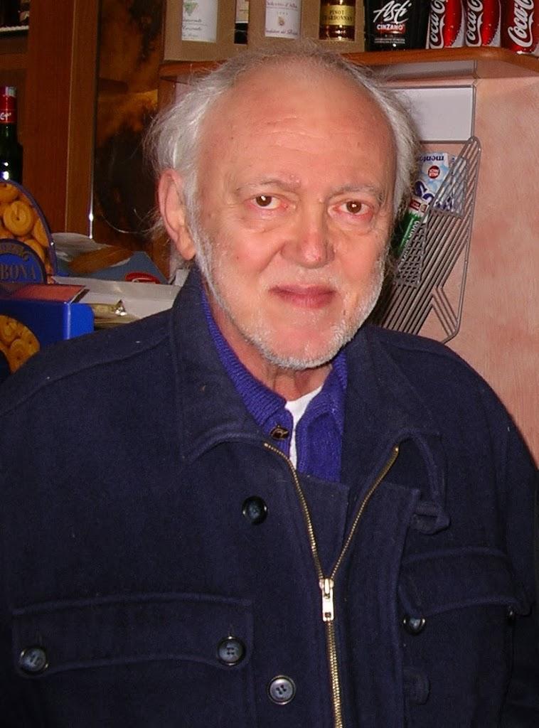 Αποχαιρετώντας τον Κοστάντζο Πρέβε, δημοσιεύτηκε στο Δρόμο της Αριστεράς (φ.190, 30/11/2013)